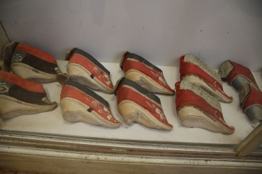 Chinese shoes from the era of foot-binding and concubines